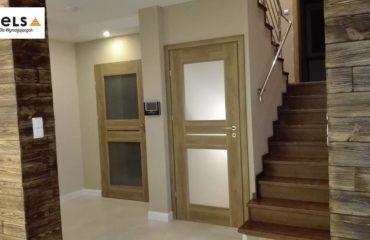 drzwi wewnętrzna do domu, wewnętrzne, do bloku,