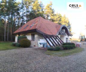 Nietypowy dach ocieplony pianą